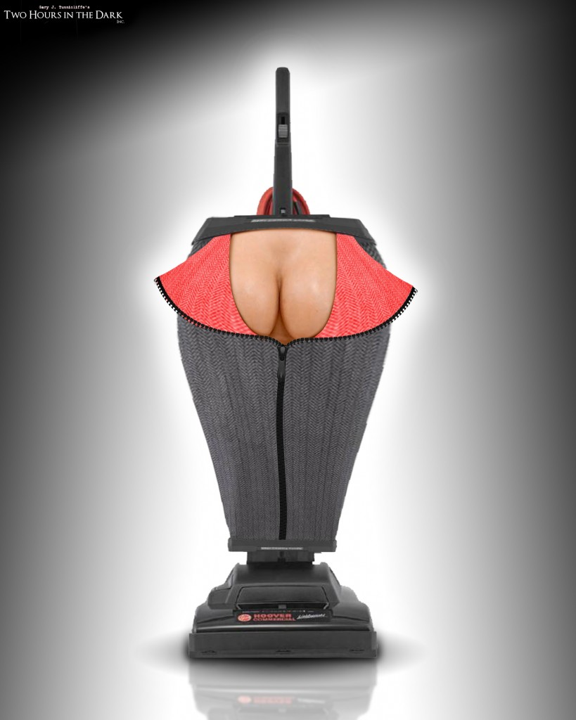 Scary_Movie_5_Mauricio_Maury_Ruiz_Vacuum_Cleavage_01